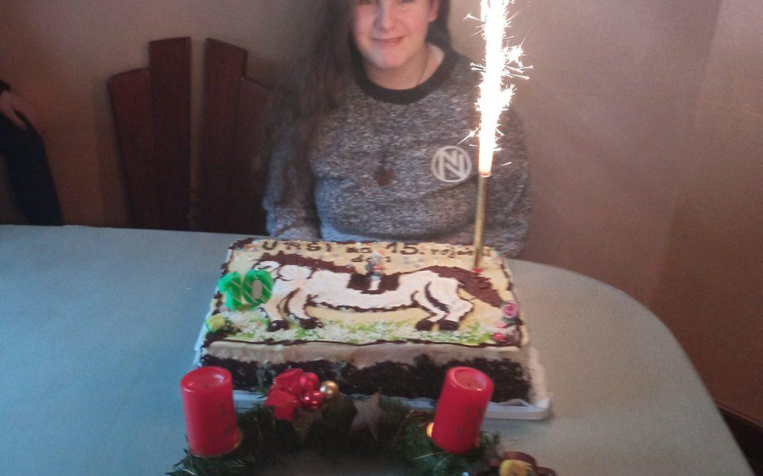 V soboto, 19.12.2020, je rojstni dan praznovala naša osmošolka Urša. Urša, vse najboljše! 🎂